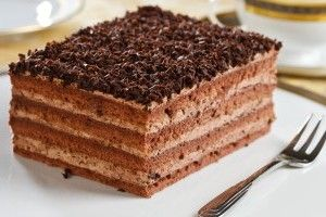 Prajitura cu blat si crema de ciocolata