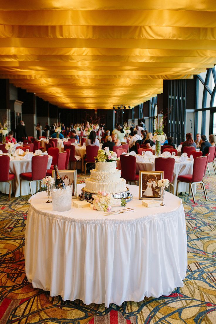 wedding reception venues woodstock ga%0A Savannah Wedding at The Hyatt Regency from Red Fly Studio
