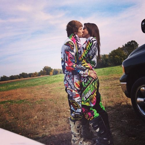 """mxmichele: """"Track date with my babe #boyfriend #track #date #motocross #oneal #mx #dirtbikes #yamaha #neon #coupleswhoride """" Visit https://store.snowsportsproducts.com for endorsed products with big discounts."""