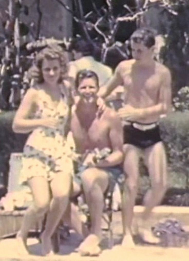 Kick, Joe Jr., and Bobby Kennedy              ❤❤❤ ❤❤❤❤❤❤❤  http://en.wikipedia.org/wiki/Kathleen_Cavendish,_Marchioness_of_Hartington     http://en.wikipedia.org/wiki/Kathleen_Cavendish,_Marchioness_of_Hartington      http://en.wikipedia.org/wiki/Kennedy_family
