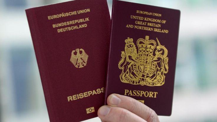 """Ihre Großeltern flüchteten vor den Nazis nach Großbritannien. Ihre Enkel wollen nun wieder einen deutschen Pass. Möglich macht dies Artikel 116 des Grundgesetzes. Die deutsche Staatsbürgerschaft ist für viele britische Juden eine """"Versicherung"""", dass ihnen die EU offen steht."""