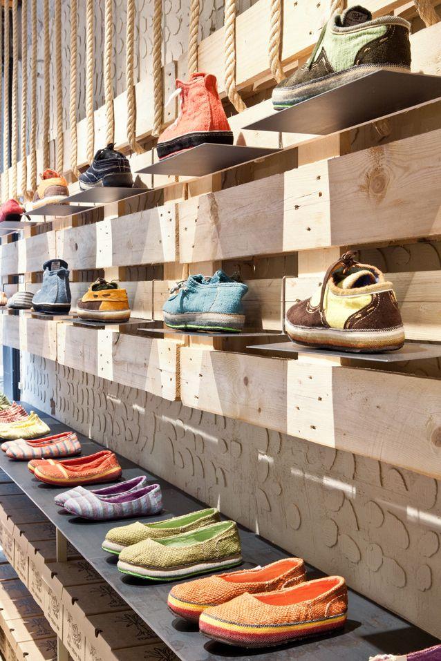 SoloRebels Shoe Store | Barcelona | Basural