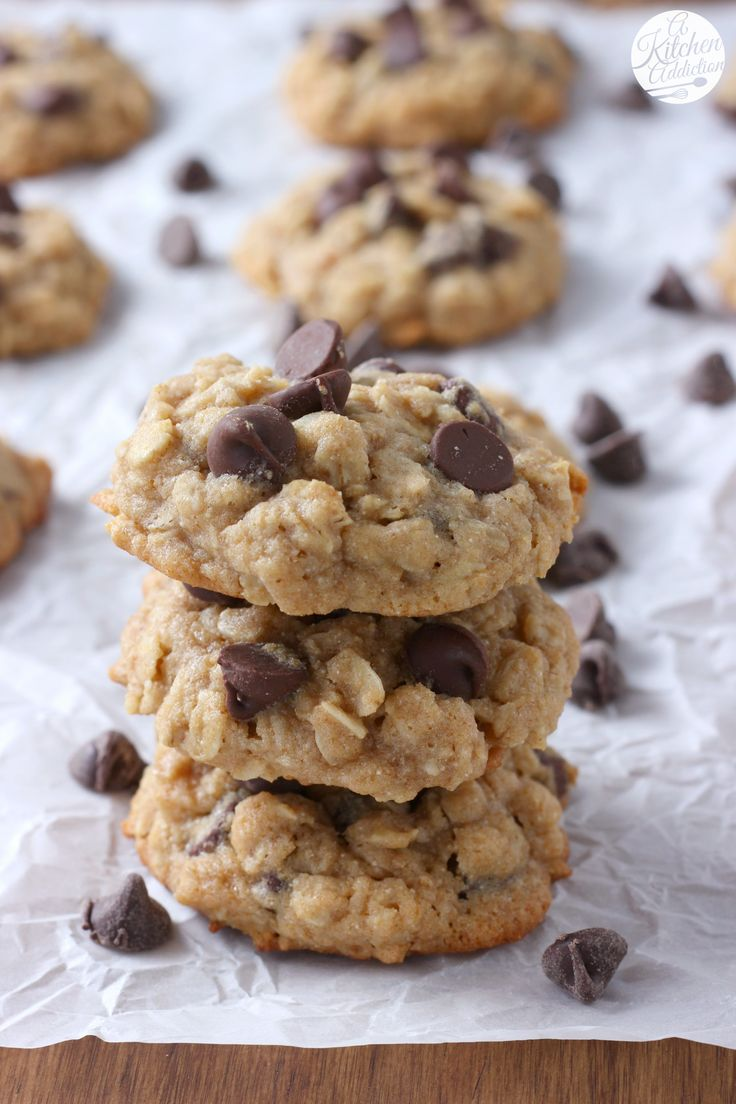 Honey Chocolate Chip Oatmeal Cookies Recipe from A Kitchen Addiction