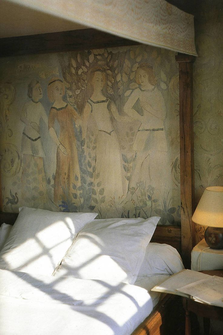 The Stories — Chapter 18 — A Place in the Sun: Inside La Colombe d'Or — THE LINE