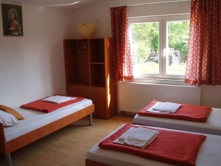 4-BED ROOM  We offer you a comfortable accommodation in Medjugorje. Pansion Rajic in a renovated edition offers accommodation for pilgrims from all around the world