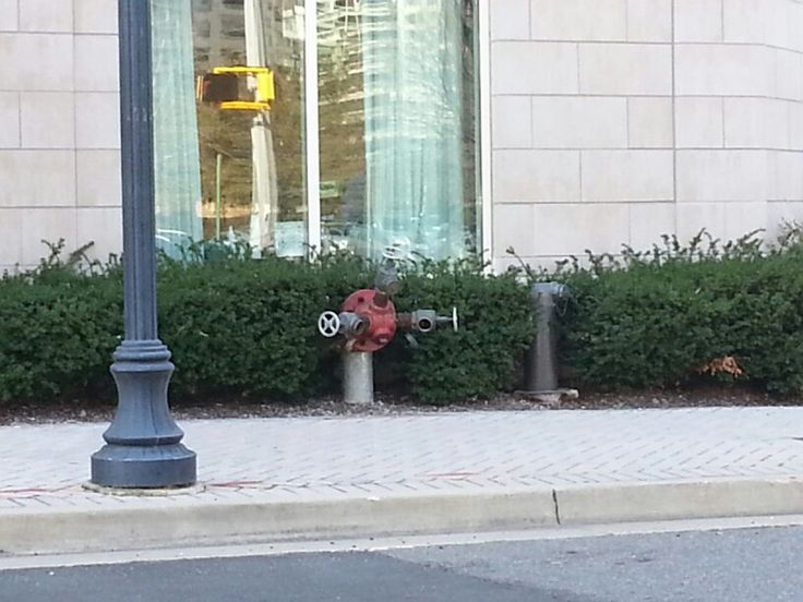 Standpipe inlets outside of a hotel in Arlington, VA