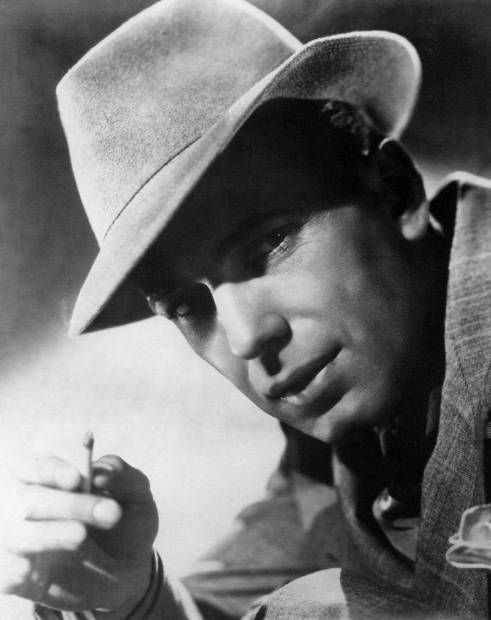 Happy Birthday to Humphrey Bogart (25 December 1899 - 14 January 1957), seen here in a publicity shot for Dead End, 1937