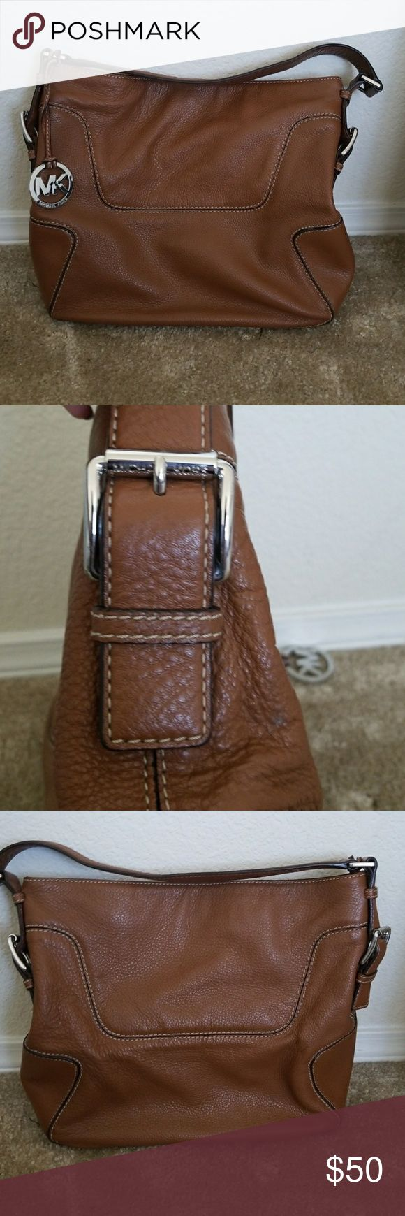 """Michael Kors Luggage Shoulder Bag Michael Kors shoulder bag in luggage color. Barely used. 10"""" drop. Purchased from Michael Kors factory store. One large zippered pocket on interior and 4 smaller pockets. MICHAEL Michael Kors Bags Shoulder Bags"""