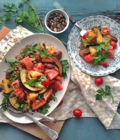 Autumn Squash Salad Recipe with Tomato-Chia Dressing #healthy #vegan