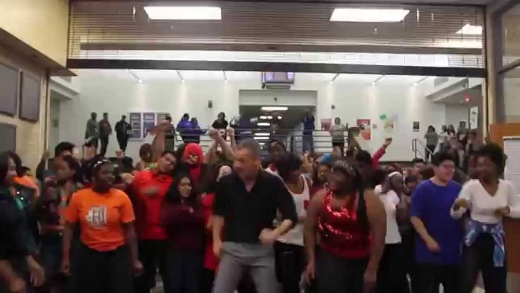 Theatre Arts Teacher Scot Pankey & his classes @ A. Maceo Smith New Tech High School - Uptown Funk Dance