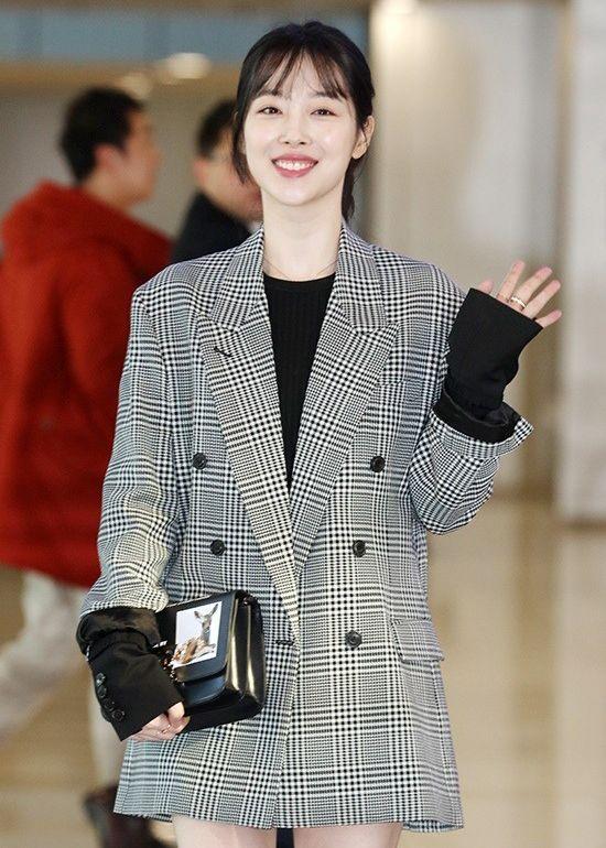 95226e6ca770 Kim Seohyung39s Fashion at Gimpo Airport 190201 in t
