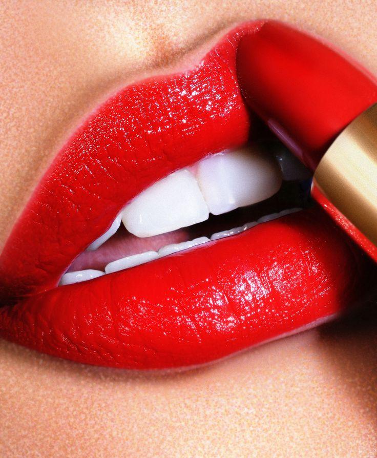 Картинки, картинки женских губ с помадой