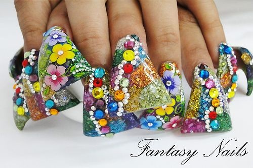 Fantasy Nails Tips Campana Extra Wide and Long.  Very strange duck nails.