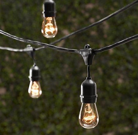 retro light strings: perfect for adding a bit of charm