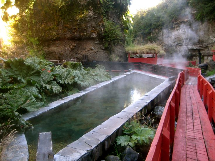Las Termas Geometricas Springs in Chile
