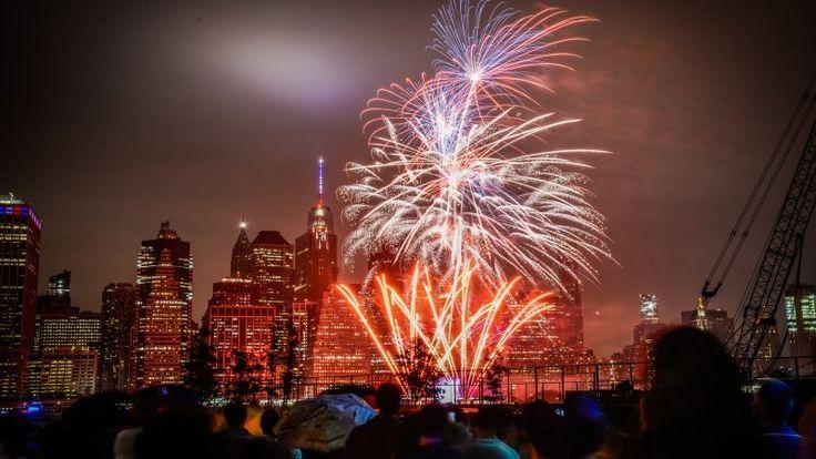 День независимости США: почему отмечается 4 июля, интересные факты, традиции праздника https://riafan.ru/852858-den-nezavisimosti-ssha-pochemu-otmechaetsya-4-iyulya-interesnye-fakty-tradicii-prazdnika