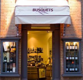 Vins, Champagnes & Spiritueux Fondée en 1919, la Maison Busquets est l'un des établissements les plus renommés de Toulouse offrant un large choix de produits de qualité. Une sélection variée de vins, d'alcools – dont de nombreux armagnacs millésimés – de gourmandises sucrés/salés pour tous les goûts sous forme de paniers gourmands. Dotée d'une cave de vieillissement, de nombreux grands crus classés de Bordeaux sur des bons millésimes ont pu y être conservés. www.maisonbusquets.fr