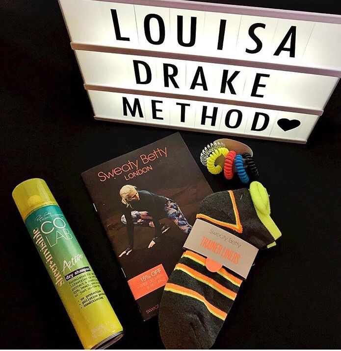 #RG 📸 The Louisa Drake Method😘  Revive & refresh hair with #COLABActive , the ultimate gym companion 💪💪 #COLAB #louisadrakemethod #fitness #reworkyourworkout #gymlife #AModelRecommends #dryshampoo #uvprotection #pollutionprotection   Available Superdrug feelunique.com BeautyMart UK
