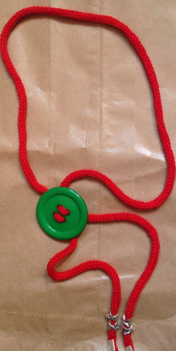 red&green necklace di ilFilodiFranci su Etsy