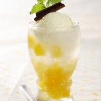 PINEAPPLE SQUASH ICE CREAM http://www.sajiansedap.com/recipe/detail/2612/pineapple-squash-ice-cream