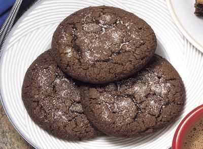 Looking for a new signature cookie? Try this recipe for Chocolate Drop Sugar Cookies!