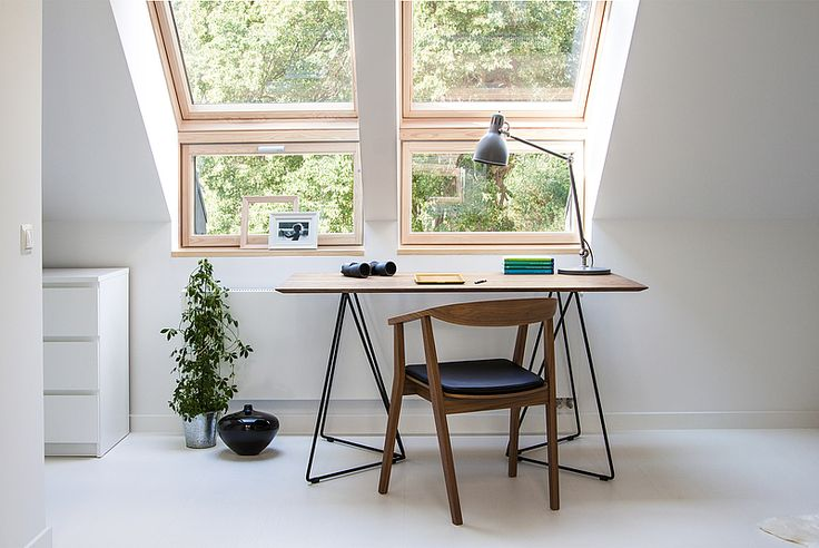 FLY table. Size: 200/90/76. Colour: Tobacco / Black Matte - www.miloni.pl/en MILONI: wooden table, oak table, natural wood table, table design, furniture design, modern table