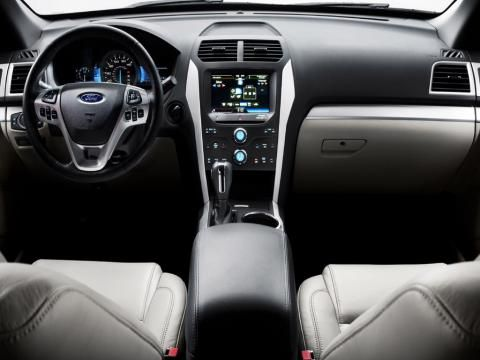 The interior of the 2012 Ford Explorer is pretty sexy.