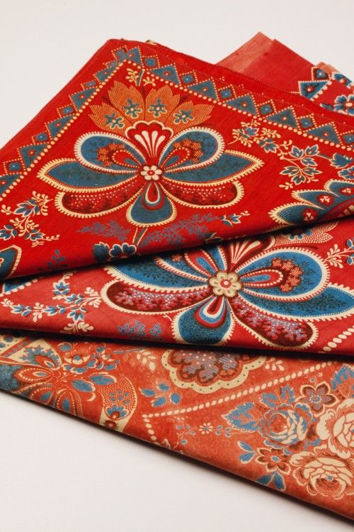 Headscarves from Zorn Collections in Mora. Photo: Ingrid Herrdin: Sweden Photo
