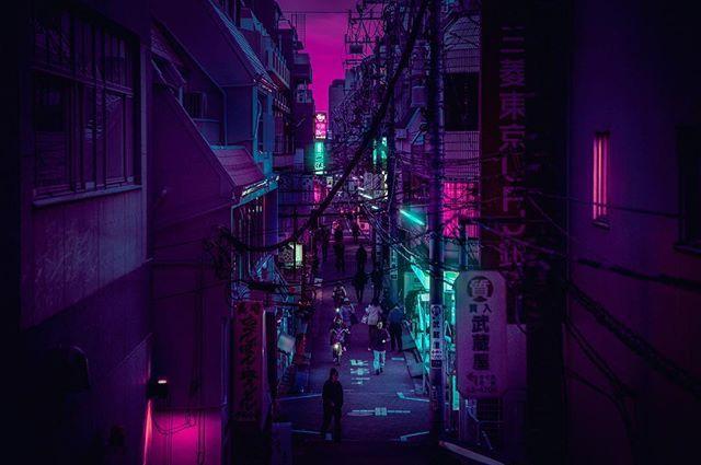 Mitaka Nights / 三鷹市 / Under Neon Lights / 01:45:00 / El día es mi enemigo, la noche es mi amiga / Leave a comment, tag a friend! ❤️ Will be in Japan December. What do you want to see?