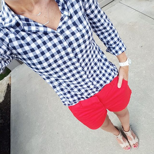 4th of July outfit inspiration with blue and white gingham and red shorts