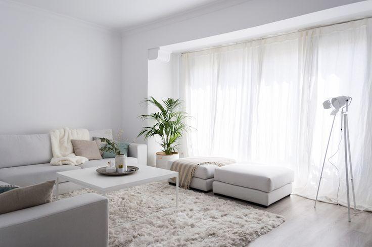 La Dulcehome. El sofa Trevi queda genial en el salón junto con la alfombra Malt.   #novedadesdeco #deco
