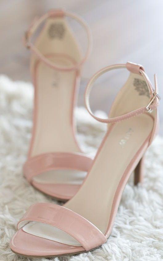 Pintrest | Mezaenhle  shoes heels ,sandal