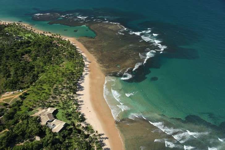 Vista aérea da Pousada Taipu de Fora, no sul da Bahia (foto: Divulgação)