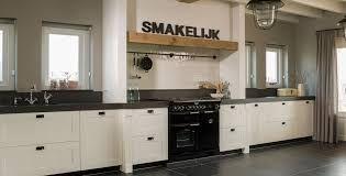 Afbeeldingsresultaat voor voorbeelden rechte keukens