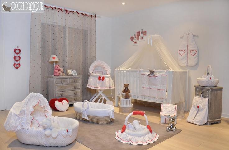 Trouseau de bébé Théme petits coeurs   Tissus 100% Coton   à voir sur notre blog http://www.cocondamour.com/2012/11/collection-cocon-damour-petit-coeur.html