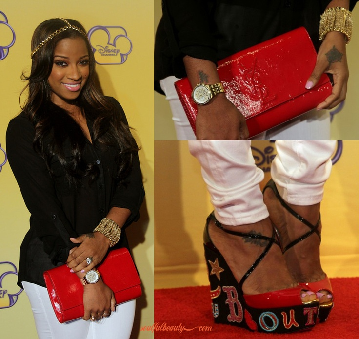 Toya Wright and Reginae Carter in Skinny Jeans and ...