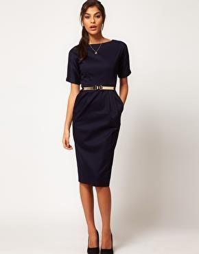 Черное платье для типа груша
