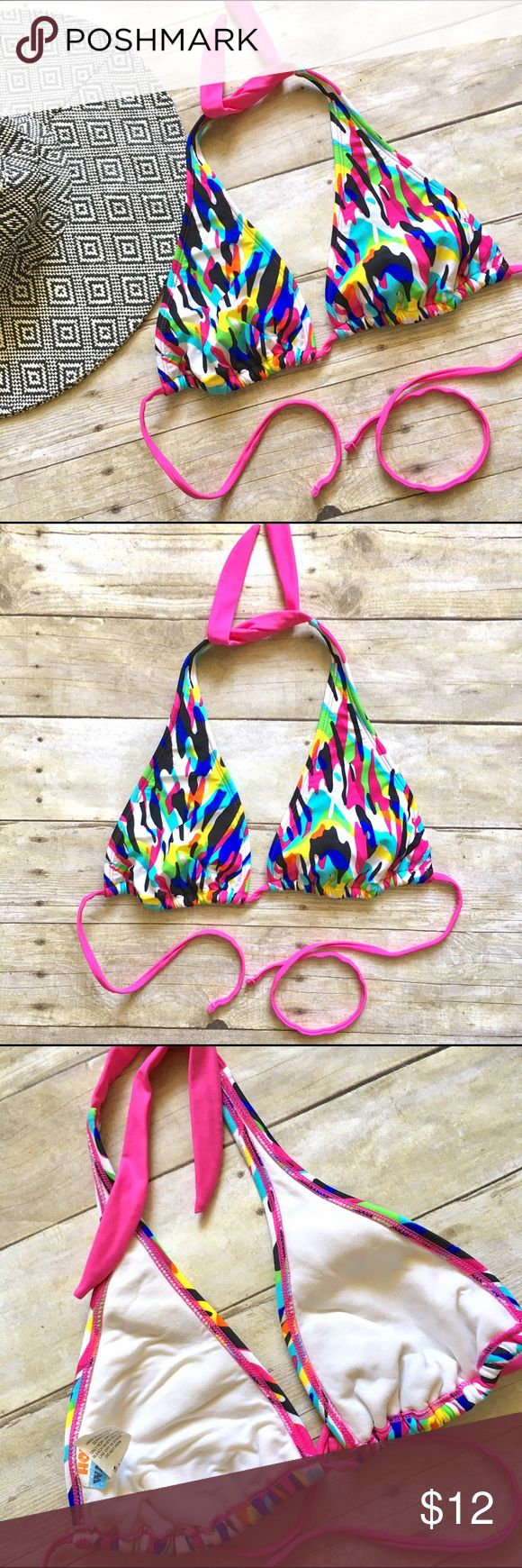 Hot Water bright triangle bikini top Light padded bright bikini top with silver shimmer accent. Hot pink strings. In excellent condition. Size Large. Hot Water Swim Bikinis