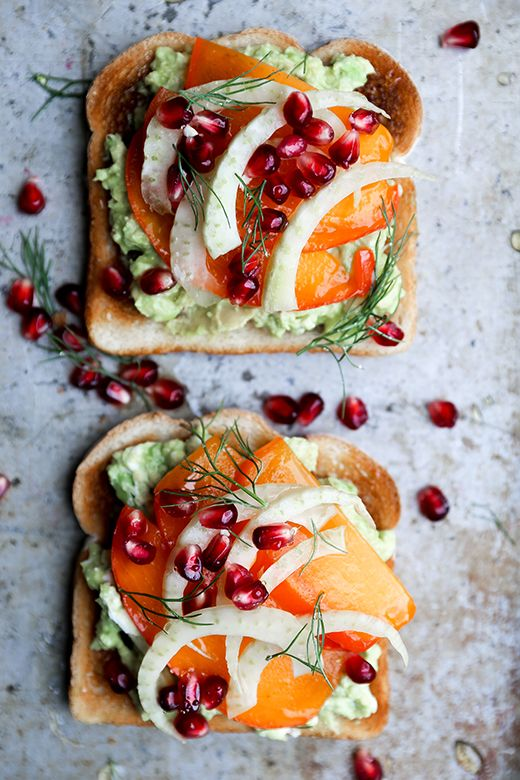 Avocado Toast with Persimmon, Pomegranate and Fennel | floatingkitchen #Avocado_Toast #Persimmon