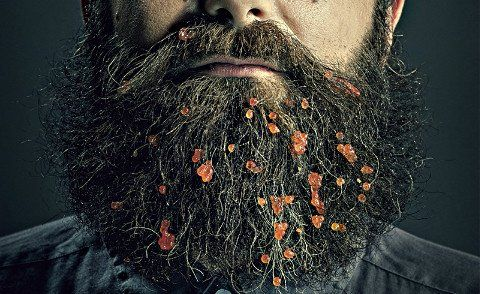 4 TOP TIPS FOR KEEPING A TIDY BEARD WHEN EATING