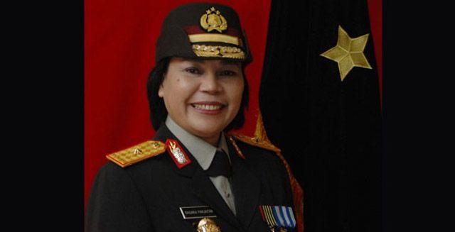 Basaria Panjaitan, Polisi Tegas dan Lembut Calon Pimpinan KPK | Majalah Kartini