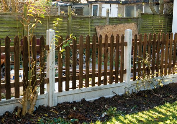 Concrete Posts And Gravel Board And Picket Fence Http