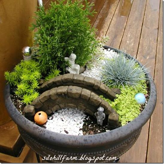 Great 10 Indoor And Outdoor Home Projects // Features From Project Inspired No.  10. Zen GardensMiniature ...