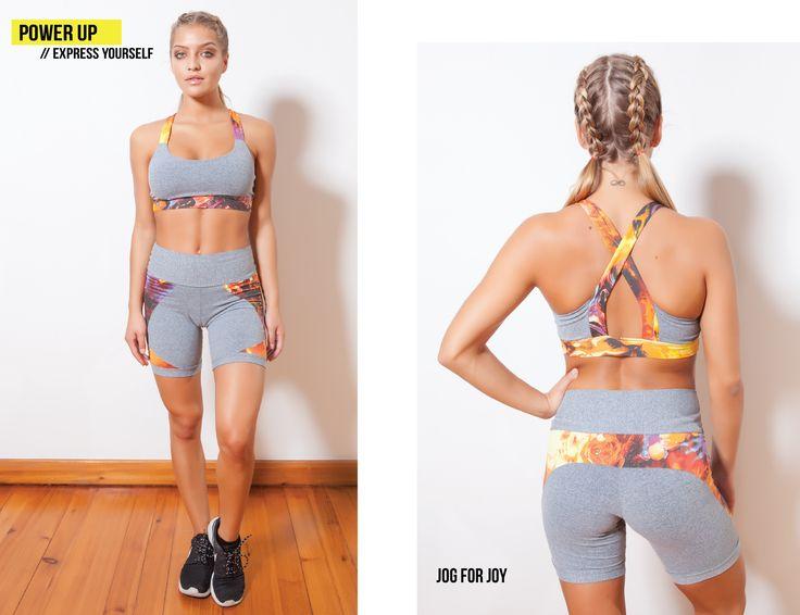 Jog for Joy // 64,90€ // Encomendas shop@morenajambo.com // Conjunto na cor cinza mesclado, com nos detalhes estampados no top e calções. // Mixed gray outfit with exclusive print details of top and shorts.