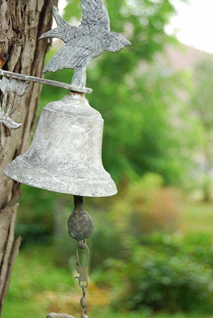 Bell | An old bell. | John Berroa | Flickr