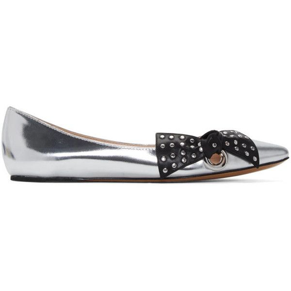 Marc Jacobs Silver Rita Ballerina Flats ($300) ❤ liked on Polyvore featuring shoes, flats, silver, silver flats, silver flat shoes, silver metallic flats, ballet flat shoes and pointy toe ballet flats