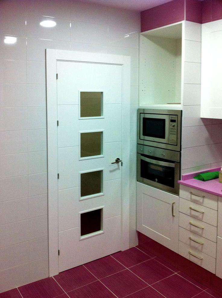 Modelo puerta cocina cuadros rooms pinterest cuadro for Puertas para cocina