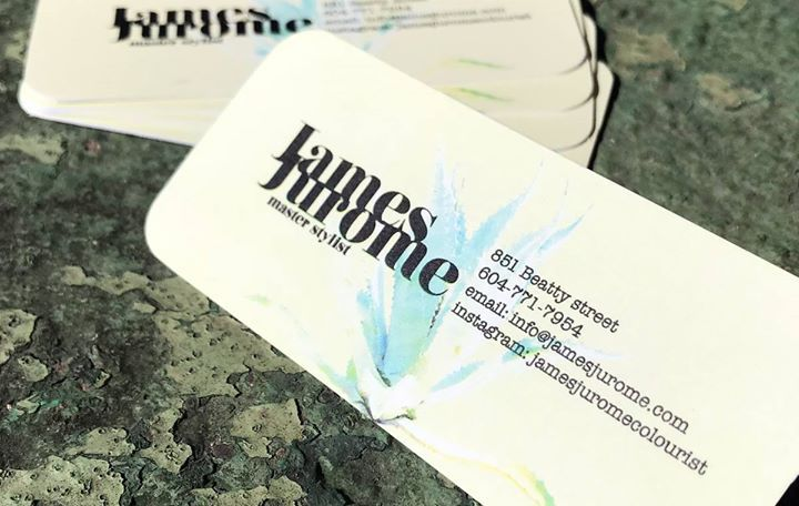 #Fresh tropical colours and a distinctive skinny size. These attractive calling cards for @JamesJurome are eye-candy to all of us #print and #design enthusiasts. www.jamesjurome.com  At Clubcard it's easy to print distinctive #businesscards!