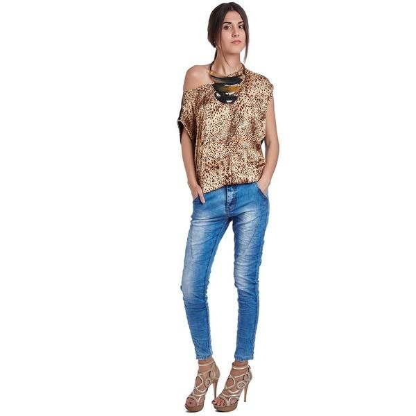 Brown leopard print top in lightweight soft touch fabric. Boat neckline with dropped shoulder seams. Say later to that old top and hello to your new favorite brown leopard print top!