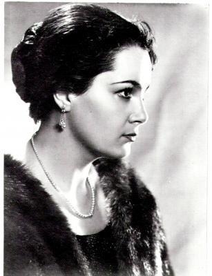 Элина Быстрицкая